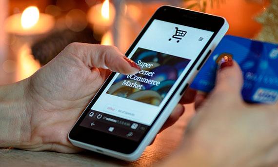 compra através do celular - Click Interativo